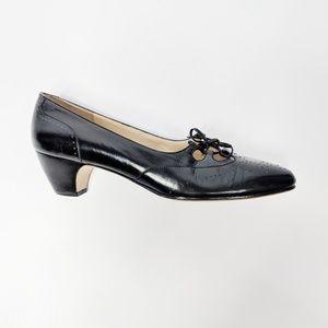 FERRAGAMO black leather oxford pump heels narrow